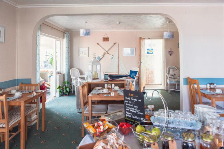 The Royson - breakfast room (2)