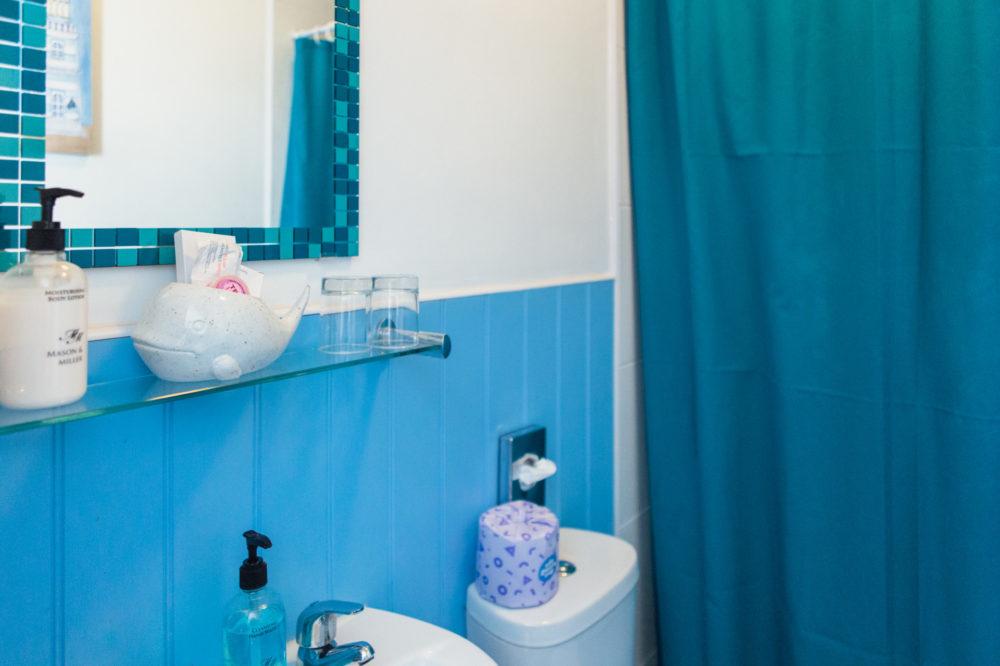 The Royson - room 3 bathroom