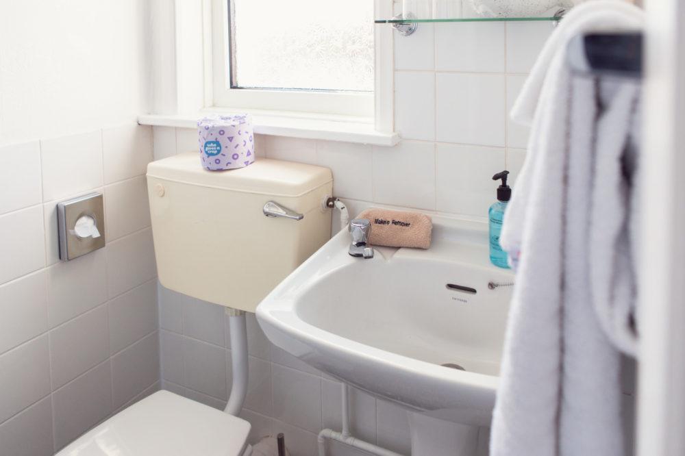 The Royson - room 4 bathroom